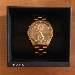 MARC BY MARC JACOBS Women's Gold Watch MBM3298